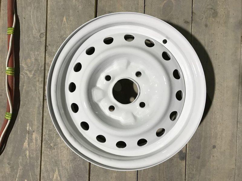 Порошковая покраска штампованных дисков